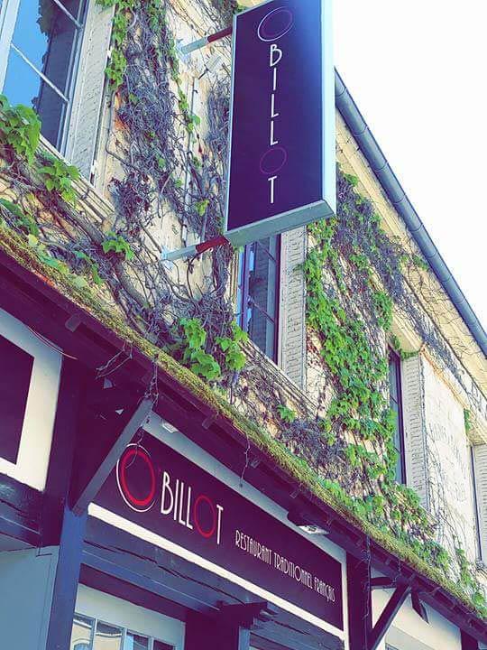 Situé au cœur de Magny-en-Vexin (95), près de Cergy, le restaurant français O'Billot